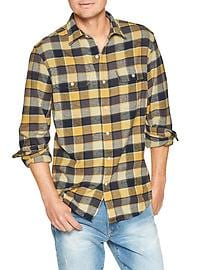 Two-pocket flannel shirt