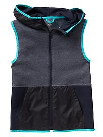 GapFit contrast-trim colorblock fleece vest