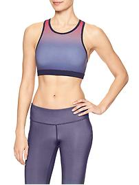 High-neck sports bra