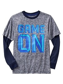 GapFit 2-in-1 graphic tee
