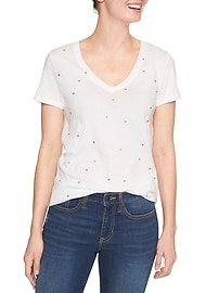 Favorite print V-neck tee