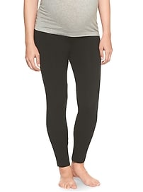 Maternity Pure Body Low-Rise Legging Capris
