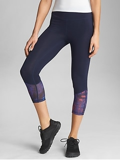 GapFit Colorblock Capri Leggings