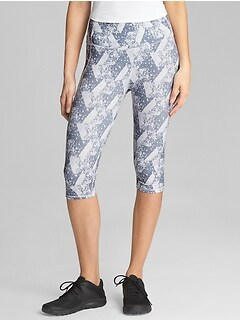 GapFit gSpeed Knee-Length Leggings