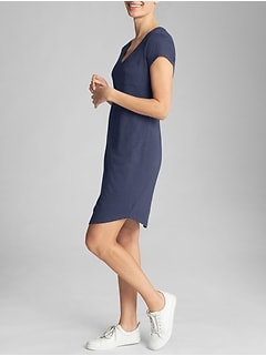 V-Neck T-Shirt Dress in Slub