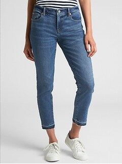 Mid Rise Girlfriend Crop Jeans with Raw-Hem