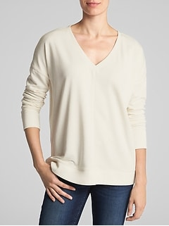 V-neck Tunic Sweatshirt in Fleece