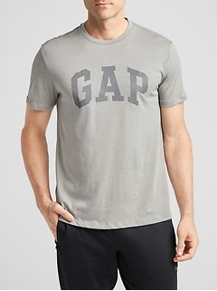 GapFit Graphic T-Shirt