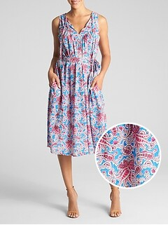 Sleeveless Split-Neck Print Midi Dress