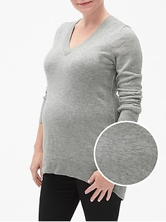Maternity Brooklyn V-neck sweater