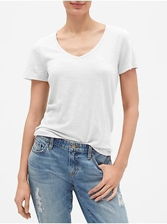 Easy V-Neck T-Shirt in Slub