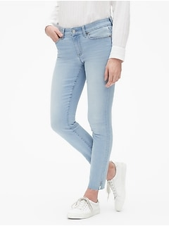 "Mid Rise 9"" Legging Skimmer Jeans with Raw Hem"