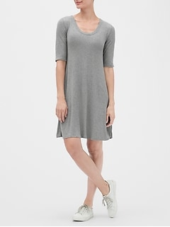 Scoopneck Swing Dress in Rayon