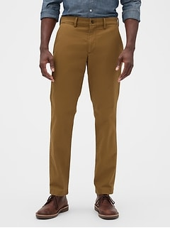 Khakis in Athletic Fit with GapFlex