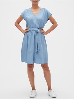 Wrap Dress in TENCEL™